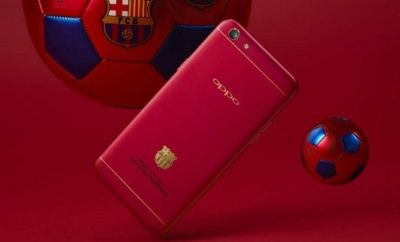 OPPO F3 Barcelona Limited Edition unit and two Barca FC-branded balls