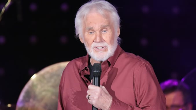 Kenny Rogers Biography: 13 Facts You Should Know